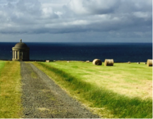 Lady Susan- Irland 2016 - Mussenden Temple