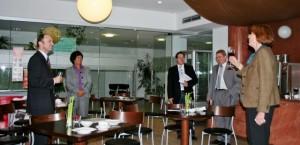 Wirtschafts- und Industrievereinigung meets Interaktive medizin